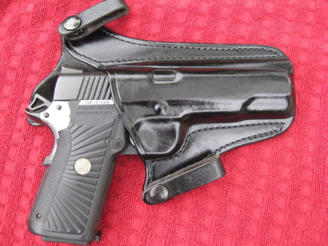 Secret City Weaponry Isotopes leather 1911 holster review
