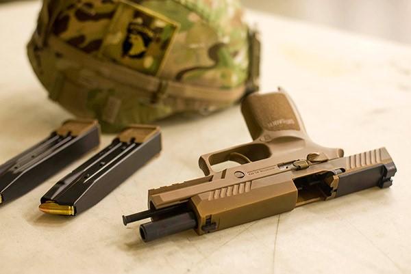 U.S. Army Fields SIG SAUER® M17/M18 Pistols
